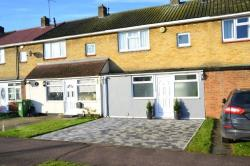 Terraced House For Sale Kingswood Basildon Essex SS16