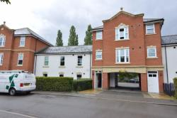 Flat For Sale Fayrewood Drive Chelmsford Essex CM3