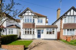 Detached House For Sale  Rickmansworth Hertfordshire WD3