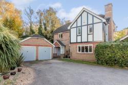 Detached House For Sale  Basingstoke Hampshire RG23