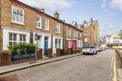 Terraced House For Sale  London Greater London SW4