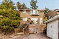 Detached House For Sale  Reading Berkshire RG31