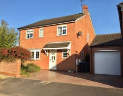 Detached House For Sale  Lubenham Leicestershire LE16