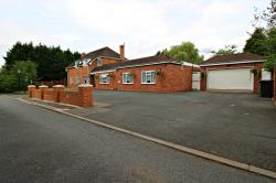 Detached House For Sale Hampton  Lovett Droitwich Worcestershire WR9