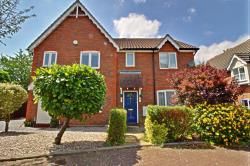 Semi Detached House For Sale  Wickford Essex SS11