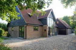 Detached House For Sale  Wye Kent TN25