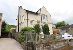 Detached House For Sale  Huddersfield West Yorkshire HD4