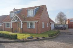 Detached House For Sale  Donington On Bain Lincolnshire LN11