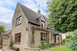 Detached House For Sale  Greatworth Northamptonshire OX17