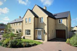 Detached House For Sale  Minchinhampton Gloucestershire GL6
