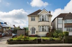 Detached House For Sale  London Greater London NW9