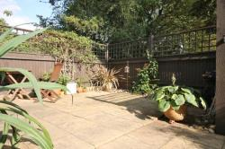 Flat To Let  Southfields Greater London SW19