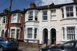 Flat To Let  Earlsfield Greater London SW18