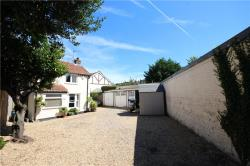 Detached House To Let  Twickenham Middlesex TW2