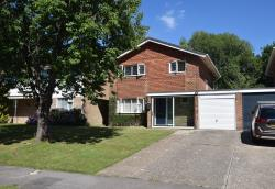 Detached House For Sale Wealden Way Haywards Heath West Sussex RH16