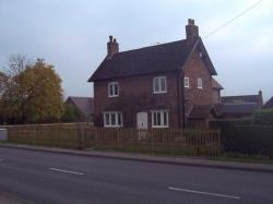 Detached House To Let  Solihull West Midlands B91