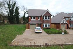 Detached House To Let  Aylesford Kent ME20
