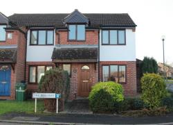 Detached House To Let  Maidstone Kent ME15