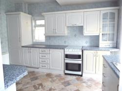 Semi Detached House To Let  Barkingside Essex IG5
