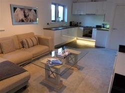 Flat For Sale The Green Bingley West Yorkshire BD16