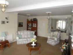 Terraced House For Sale Pencoed Bridgend Bridgend CF35