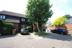Terraced House To Let Ermine Court BUNTINGFORD Hertfordshire SG9