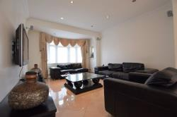 Semi Detached House For Sale Monkswood Gardens Clayhall Essex IG5