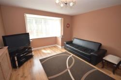 Detached House To Let Hollingwood Chesterfield Derbyshire S43