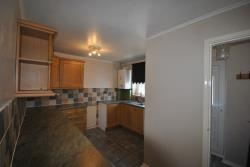 Terraced House To Let New Whittington Chesterfield Derbyshire S43