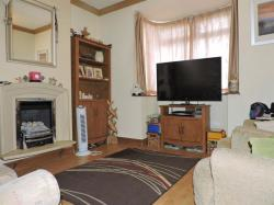 Terraced House For Sale Acacia Road Greenhithe Kent DA9