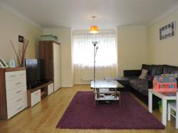 Flat For Sale London Road Greenhithe Kent DA9