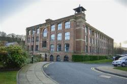 Flat To Let Cottonfields Bolton Greater Manchester BL7