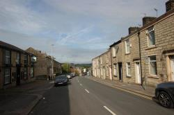 Terraced House To Let Redearth Road Darwen Lancashire BB3