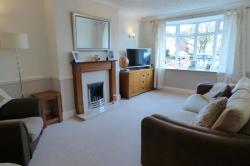 Semi Detached House For Sale New Waltham Grimsby Lincolnshire DN36