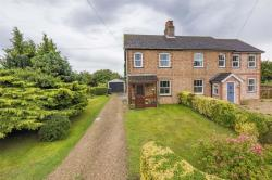 Semi Detached House For Sale The Gardens Raydon Suffolk IP7