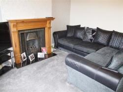 Terraced House For Sale Leaventhorpe Lane Thornton West Yorkshire BD8