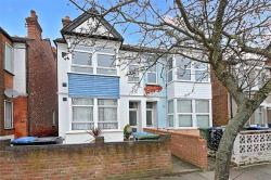 Flat For Sale Central Road Wembley Middlesex HA0