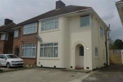 Semi Detached House To Let Weston Drive Stanmore Middlesex HA7