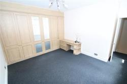 Flat To Let Roxborough Park Harrow On The Hil Middlesex HA1