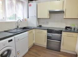 Detached House To Let Hillingdon Middlesex Middlesex UB10