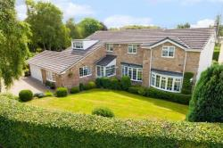 Detached House For Sale Foxhill Crescent Weetwood West Yorkshire LS16
