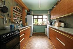Detached House For Sale  Springfield Road Bedfordshire LU7