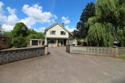 Detached House For Sale Saxlingham Thorpe Norwich Norfolk NR15