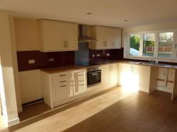 Terraced House For Sale  Louth Road Lincolnshire LN8