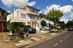 Detached House For Sale The Ridings Ealing Greater London W5