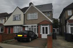 Semi Detached House For Sale Oakwood Avenue Southall Middlesex UB1