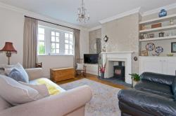 Terraced House For Sale Burley in Wharfedale Ilkley West Yorkshire LS29
