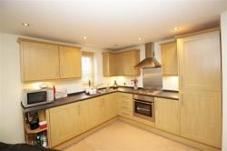 Flat To Let Henconner Ln Bramley West Yorkshire LS13