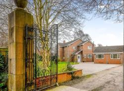 Detached House For Sale West Haddlesey Selby North Yorkshire YO8
