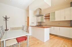 Flat To Let Thrawl Street London Greater London E1